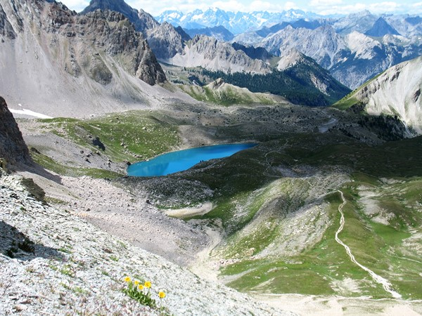 mountain walking trail alps lake Geneva to nice